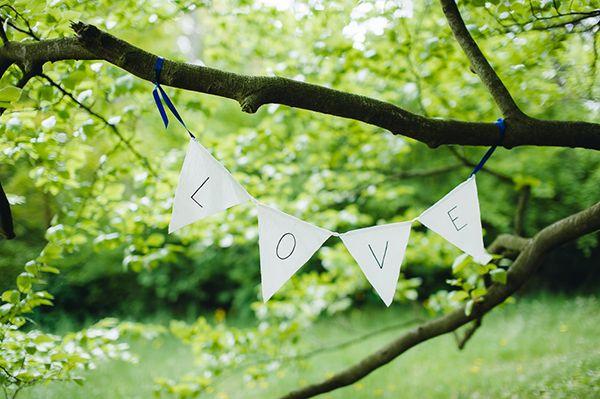 zdjęcie:  PhotoDuet    |    chorągiewki: minwedding