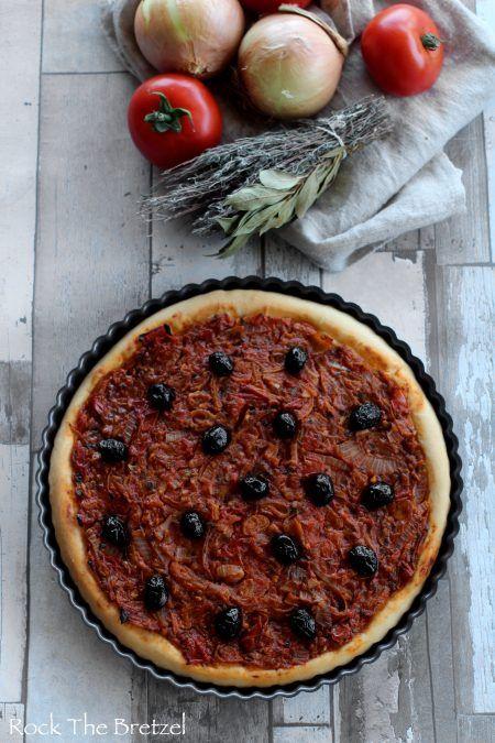 Pichade - La pissaladière de Menton, à la tomate et pâte épaisse