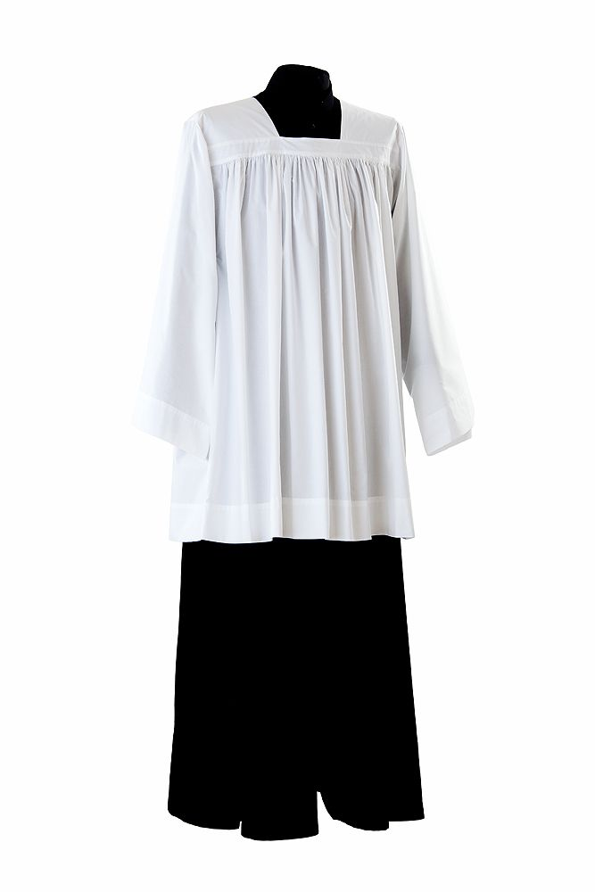 Solemnis traditional surplice