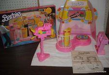 FURNITURE PLAYSET MATTEL BARBIE  1987 BARBIE TV GAME SHOW  FOR DIORAMA  #7766