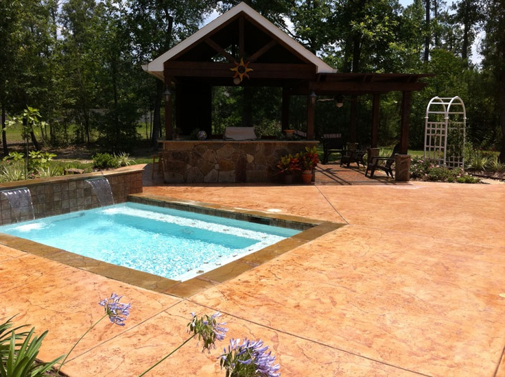 Small Pool Design With Pool Deck And Outdoor Kitchen Pool