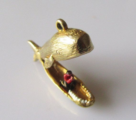 9ct Gold Jonah and The Whale Opening Charm Or by TrueVintageCharms