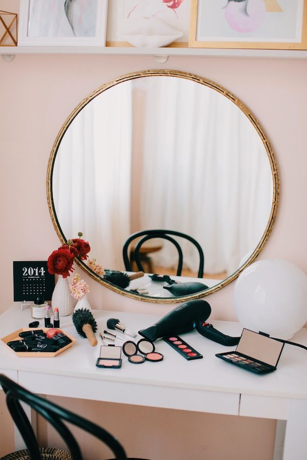 How to set up a Vanity/Work Station Combo.  The best of both worlds is lovely.