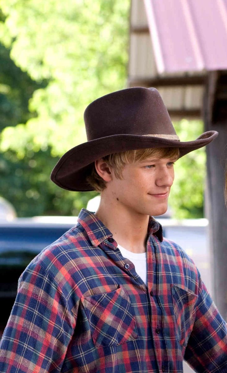 Stupendous 17 Best Ideas About Cowboy Hat Hair On Pinterest Cowgirl Hair Short Hairstyles For Black Women Fulllsitofus