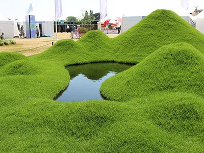 17 best images about mound berm on pinterest gardens for Mounding grass