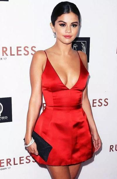 c6b7981ecd Sexy Selena Gomez Celebrity Dress Little Red Prom Dress Deep V-neck Mini  Short Prom Dresses Party Dress Cocktail Dress  partydresses