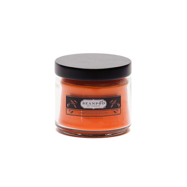 Smells likes tangerines! Soy candle by Beanpod