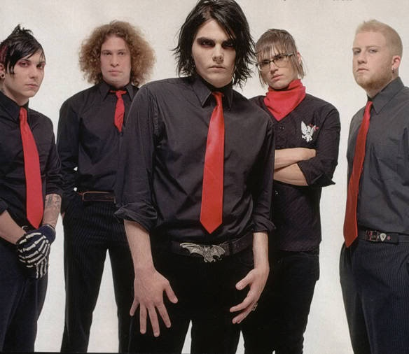 Frank Iero, ray toro, Gerard way, Mikey way and bob bryar ...