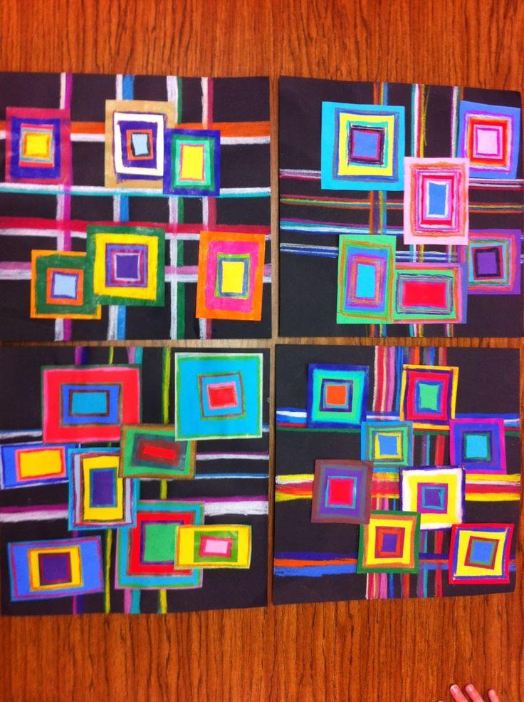 cuadrados de colores sobre cartulina negra