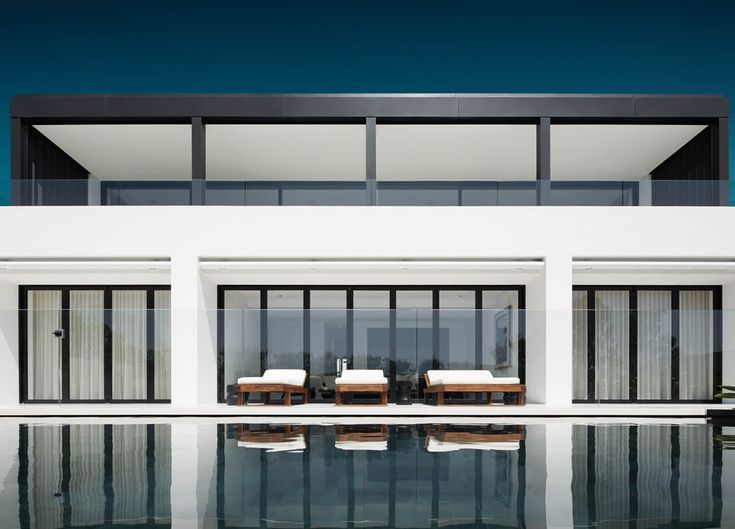 Swimming Pool | Elevated Living in Mosman by Redgen Mathieson | est living