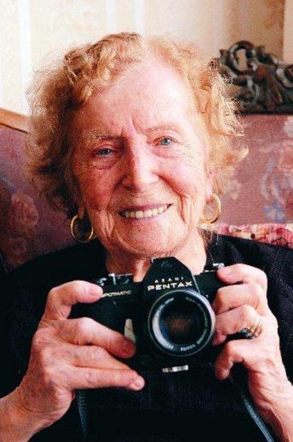 İlk kadın fotoğrafçı: Semiha Es