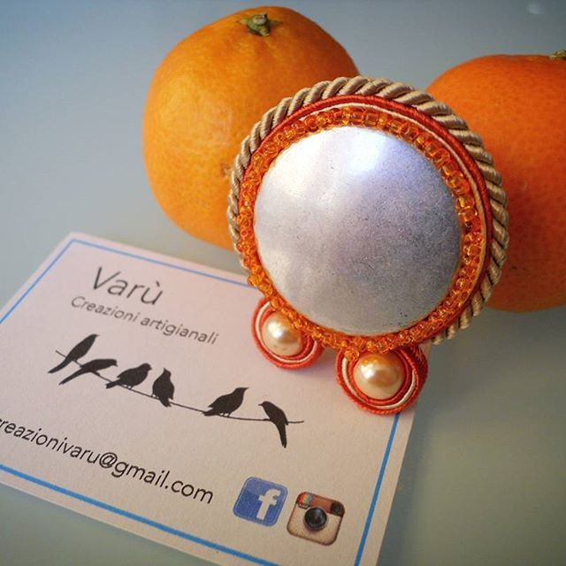 Orange is the new black.. #varù #creazioniartigianali #soutache #soutachemania #handmade #madeinitaly #orange #arancione