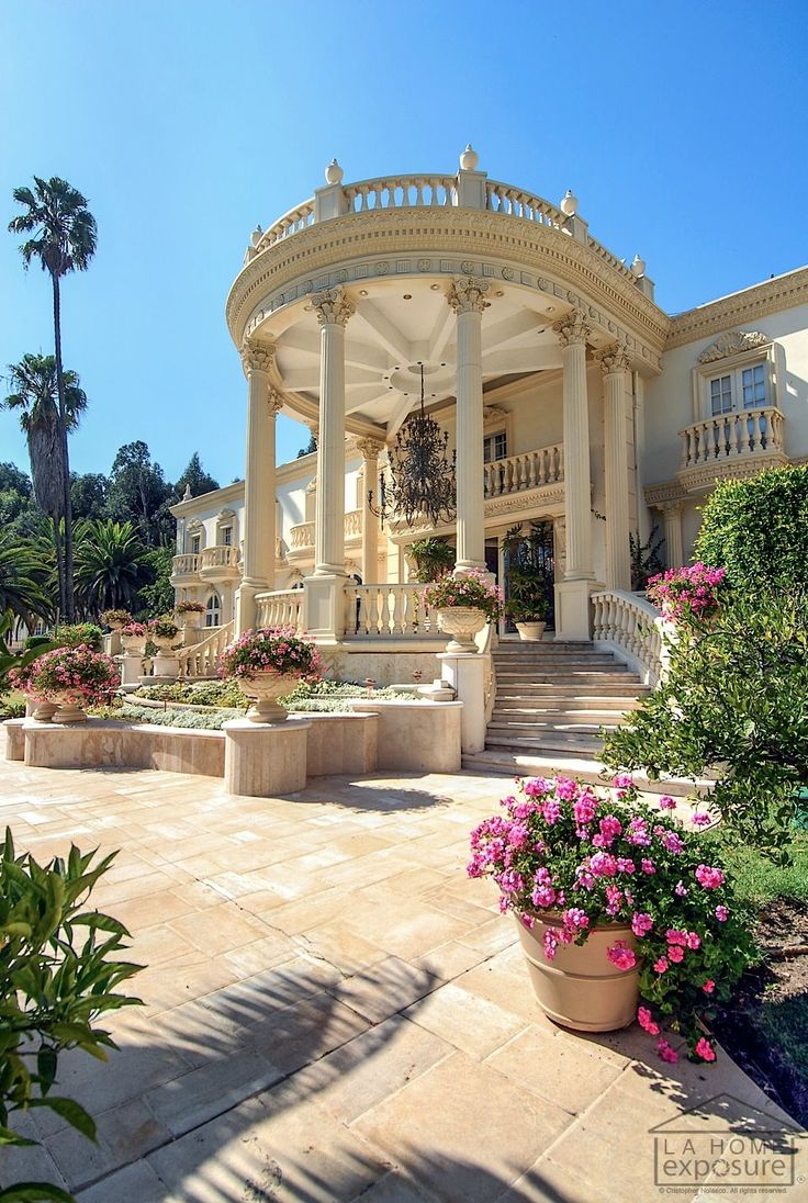 Mansion in Bel Air ~ pinterest : britkly ◇