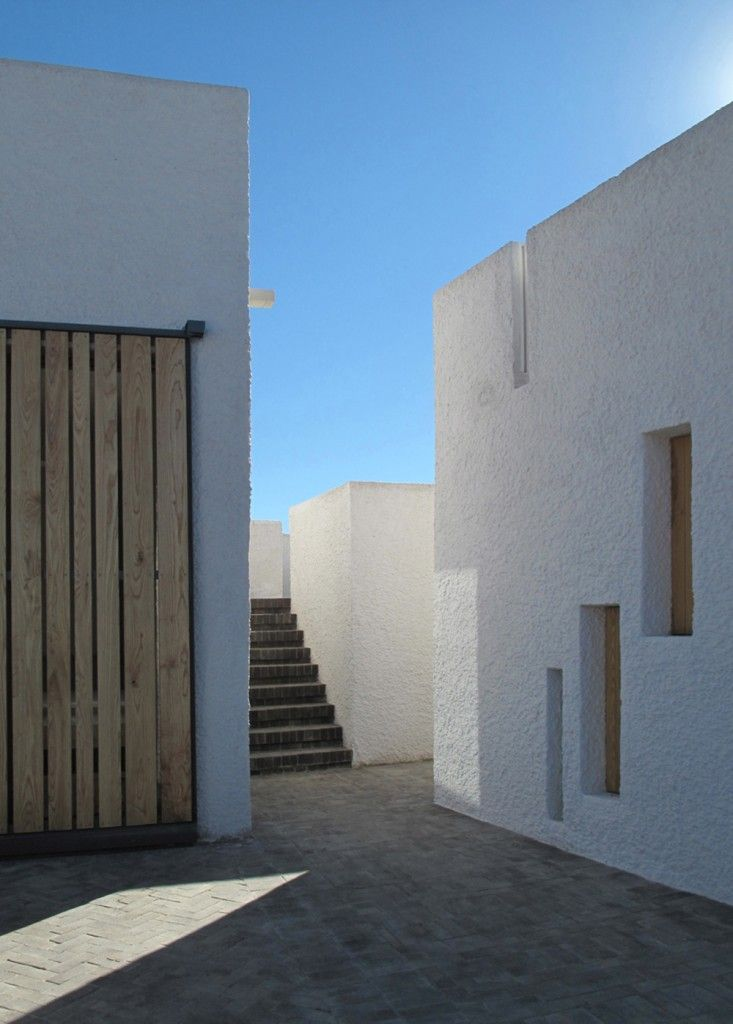 Swartberg-House-by-Openstudio-Architects-Great-Karoo-South-Africa-Remodelista-20.jpg