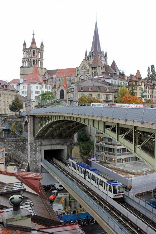Pont Bessières, Lausanne / Switzerland (by Malcolm Bott).