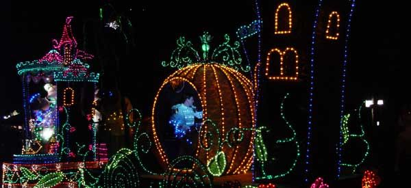 Disney World Park hours, parades, fireworks... released 180 days in advance