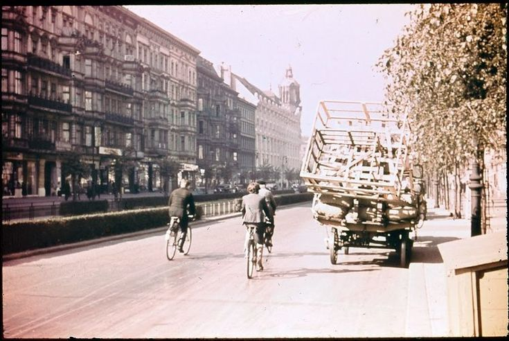 Rare Color Photographs Of Streets Of Berlin In 1937 Vintage