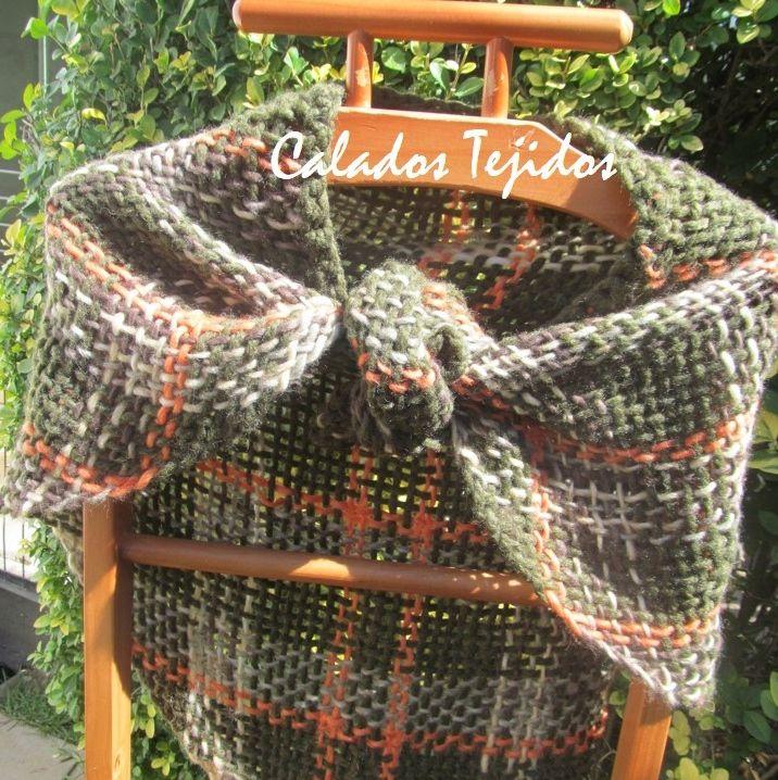 Punta en lana natural, tejida a telar!
