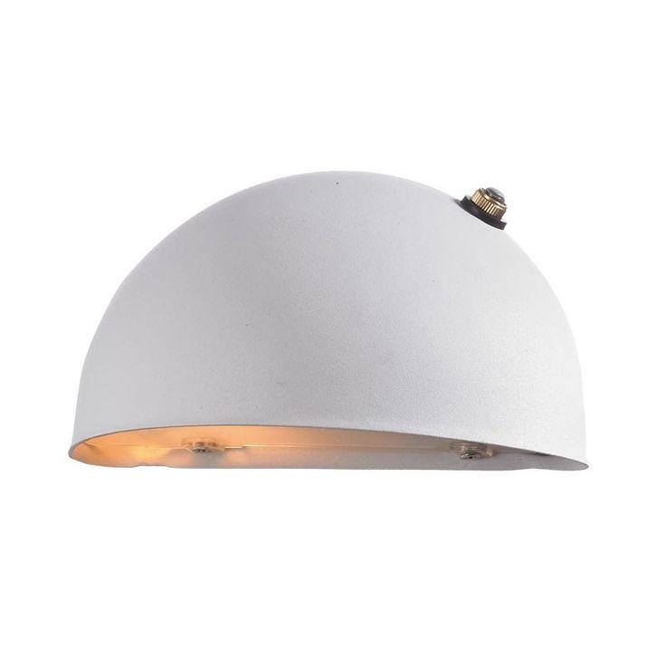 Markslöjd Stan Vägglampa Sensor – BelysningsDesign.se 485 kr/st MARKSLÖJD STAN vägglampa är en utomhuslampa med inbyggd ljussensor. Den härligt rundade stommen är i vitlackerad stål och har ett glas under som släpper igenom ett jämnt fint ljus. Avsedd för fast, jordat montage inne- eller utomhus.