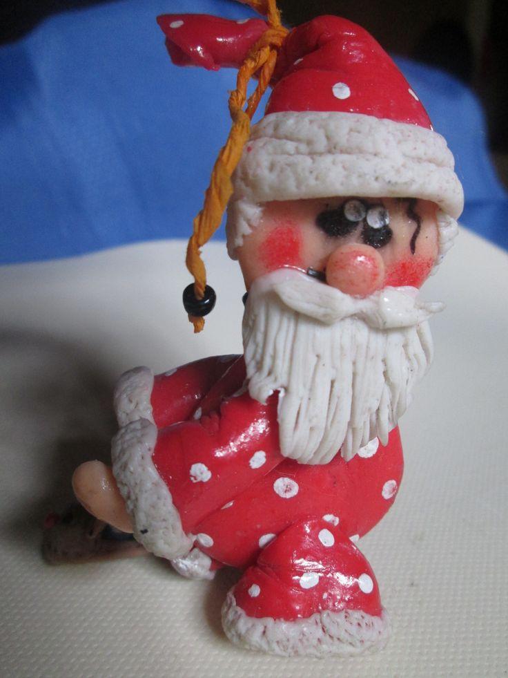 viejo pascuero en porcelana fría