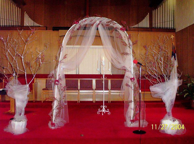 Simple church wedding arrangements elegant church wedding for Altar wedding decoration