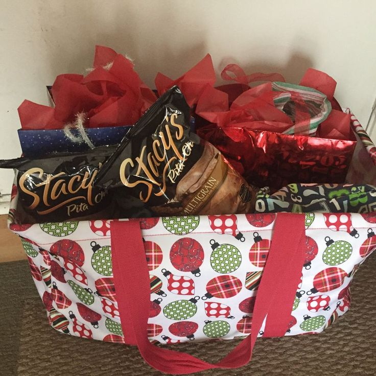 A Thirty-One Large Utility Tote is all you need to carry presents, food or both to any kind of celebration!