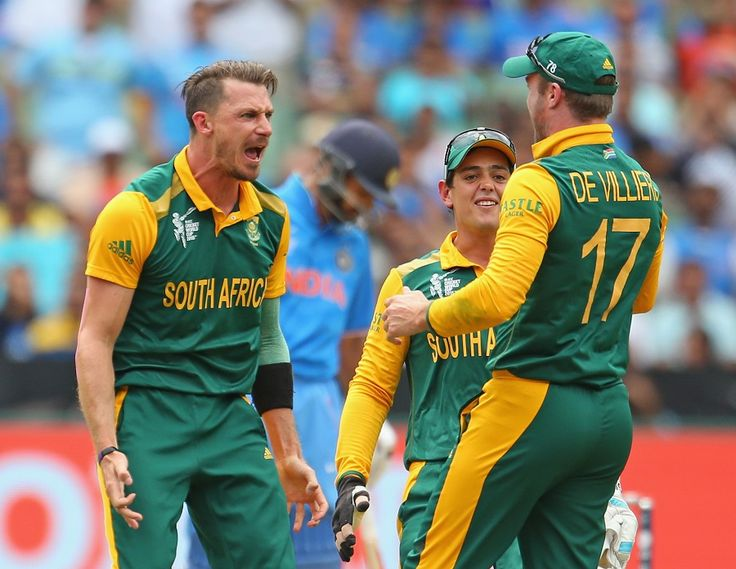South Africa celebrate after AB de Villiers runs out Rohit Sharma for a duck, India v South Africa, World Cup 2015, Group B, Melbourne, February 22, 2015 ©Getty Images | www.indiadefends.com #indiadefends