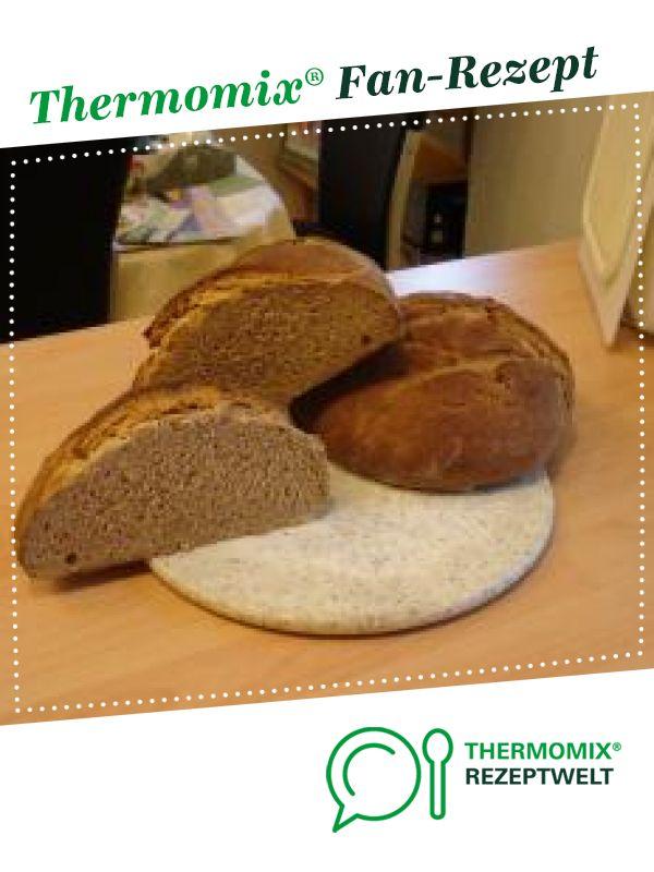 Bauernbrot mit Gelinggarantie von simba08. Ein Thermomix ® Rezept aus der Kategorie Brot & Brötchen auf www.rezeptwelt.de, der Thermomix ® Community.