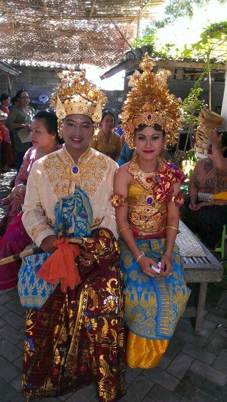 Bride and groom Balinese wedding