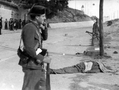 1936-07-22 comandante Rafael Ortiz de Zárate es capturado y ejecutado en Guadalajara sobre la marcha por milicianos
