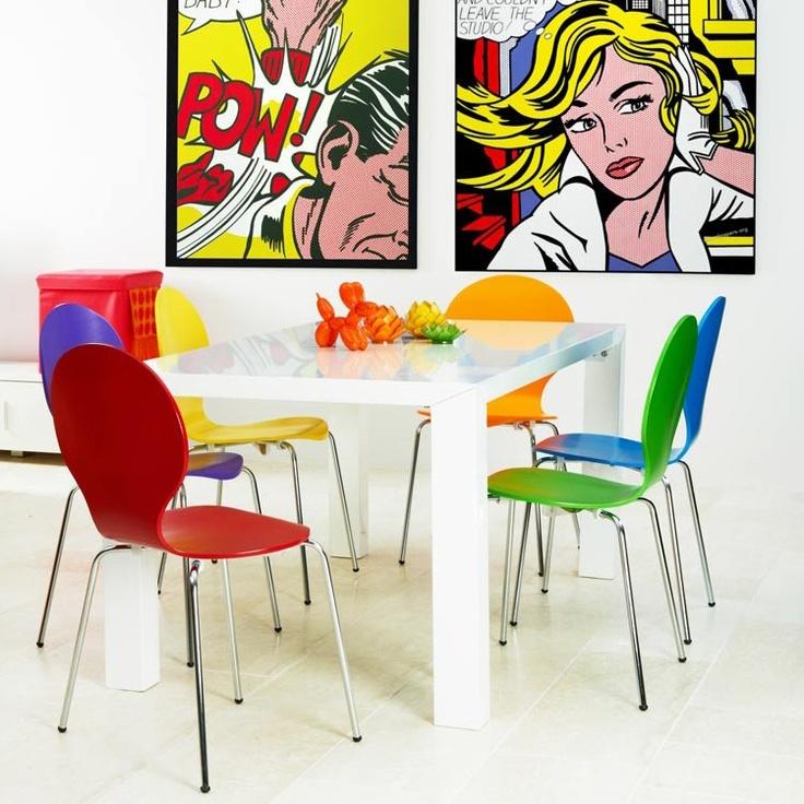 Home24 heeft enorm veel #meubels in haar assortiment heeft. Zo vind je heel veel #kleurrijke meubels en #woonaccessoires die jouw #interieur dit #voorjaar weer helemaal #opleuken!