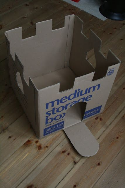 Castle Cardboard Box. Will be making this tomorrow with my Scentsy box that came yesterday :)