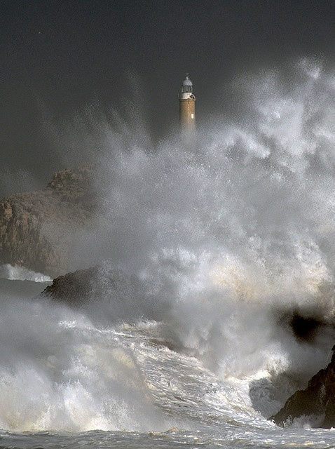 Mouro lighthouse.