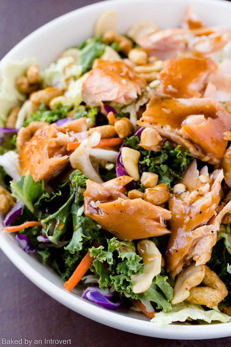 This quick and easy Sesame Ginger Salmon Salad is nutritious, delicious, and a convenient choice for any occasion.