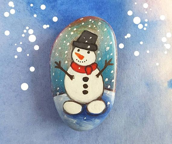 Snowman ornament painted rock Christmas home decor unique gift for Holiday by Claudia Nanni Fine Art on Etsy #Christmas #xmas #snowman #pebbleart #etsy #handpainted #rocks #stoneart #snow #white