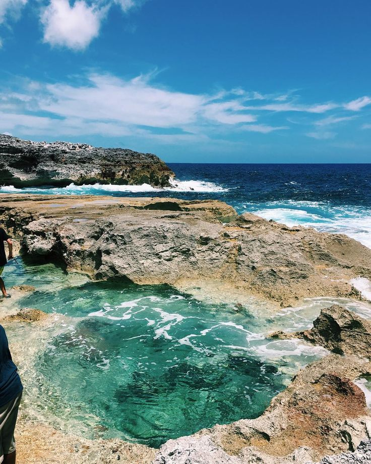 The Queen's Bath is a warm natural pool on the Atlantic coast of Eleuthera and officially my happy place. #GetOutHere Photo by: cecimathiesen