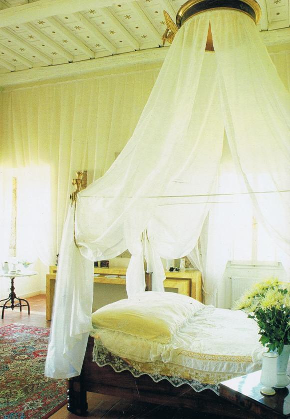 Designer Laura Biagiottiu0027s gold threaded white Italian silk
