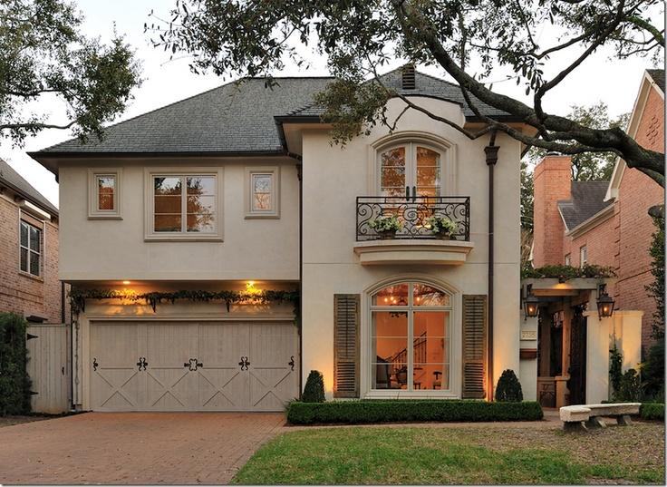 Fachada casa en Texas. cotedetexas.blogspot.com