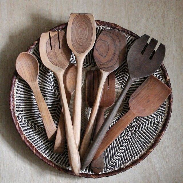 Do you have bathtowel or kitchen sets in New York Region as owner or consultant? ✆225-395-1792    african spoons - apartmentf15