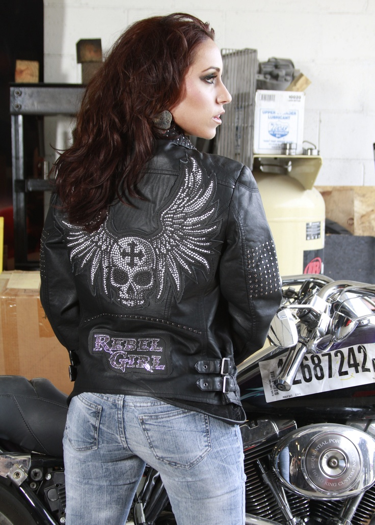 Custom studded crystal #skull #wings stone work by www ...