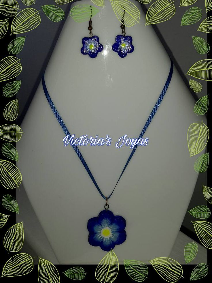 Conjunto en arcilla flor azul – VICTORIA´S JOYAS