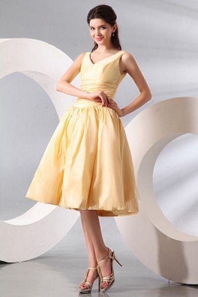 A-Linie Taft Klassischen Brautjungfern Kleid ba2711 - http://www.brautmode-abendkleid.de/a-linie-taft-klassischen-brautjungfern-kleid-ba2711.html - Ausschnitt: V-Ausschnitt. Stoff: Taft. Ärmel: Ärmellos. Farbe: Champagner. Silhouette: A-Line. - 128.59