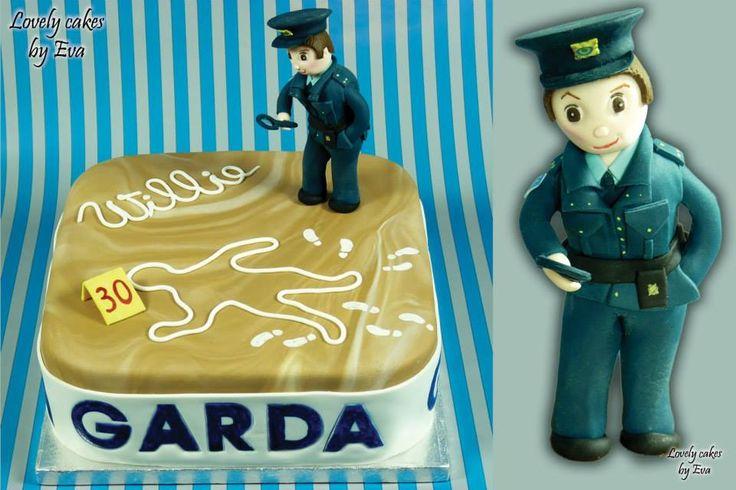 Garda Police Cake  - https://www.facebook.com/CakesByEvaKorp