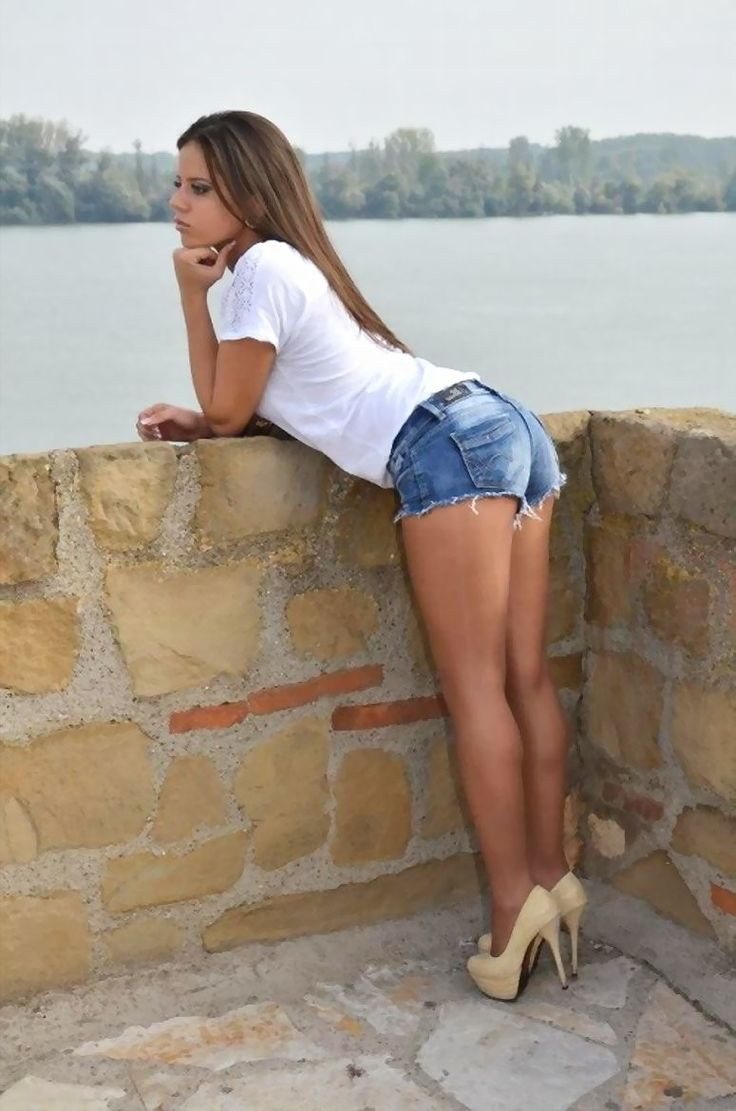 school-petite-girl-with-ripped-legs-naked-caplan