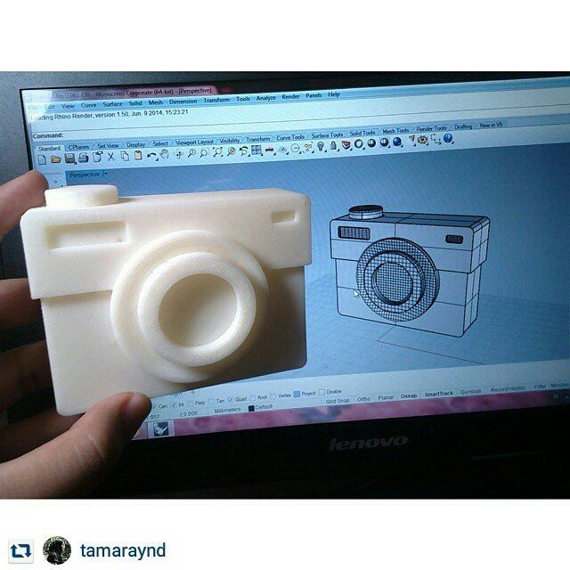 #Repost : @tamaraynd via @renstapp my first 3d printed model #3dprinting #toycam #productdesign #digitalmodeling #camera by desprounitel