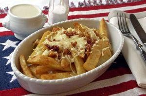 Steakhouse Cheesy Fries (mit Käse und Speck)