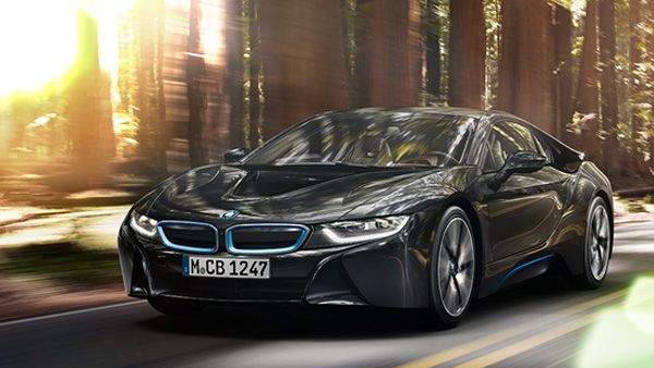 BMW Reinvents The Car With i8 Model