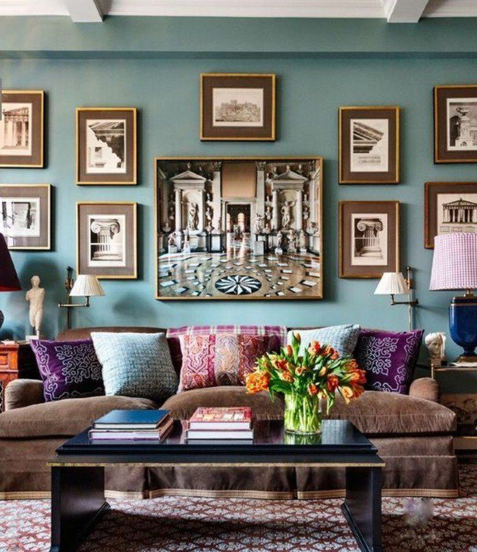 quelle peinture choisir pour son salon, formidable suggestion couleur peinture salon vert turquois, jolie déco murale, coussins multicolores