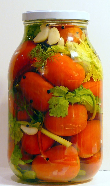 Russian Gourmet: Pickled Tomatoes