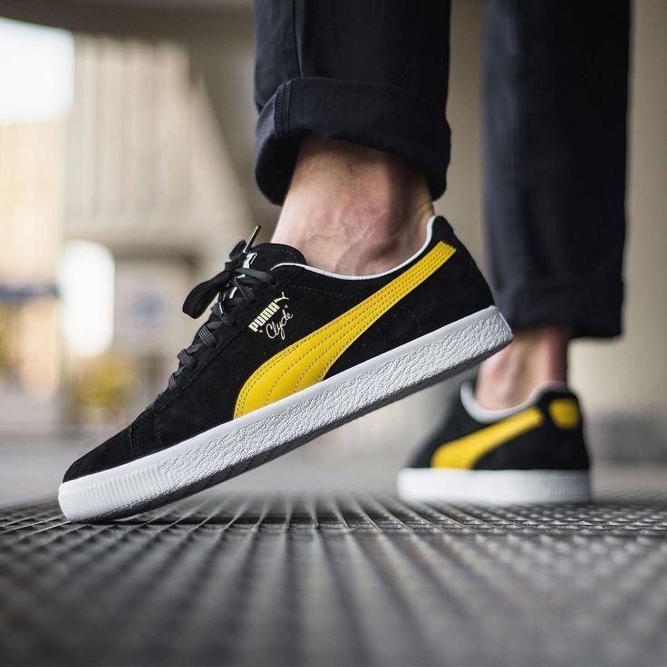 PUMA CLYDE PREMIUM CORE  9000 @sneakers76 store  online ( link in bio ) #puma #clyde  #premium #pumaclyde #core @puma @pumasportstyle  ITA - EU free shipping over  50  ASIA - USA TAX FREE  ship  29  photo credit #sneakers76 #teamsneakers76 #sneakers76hq #instashoes #instakicks #sneakers #sneaker #sneakerhead #sneakershead #solecollector #soleonfire #nicekicks #igsneakerscommunity #sneakerfreak #sneakerporn #sneakerholic #instagood